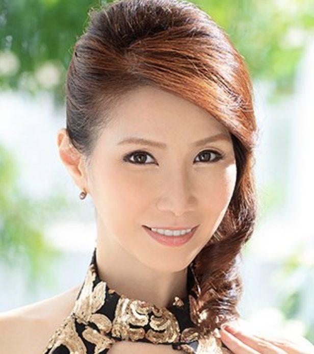 爆乳五十路エロ美熟女山口珠理53歳電撃復帰から軌跡の永久保存動画
