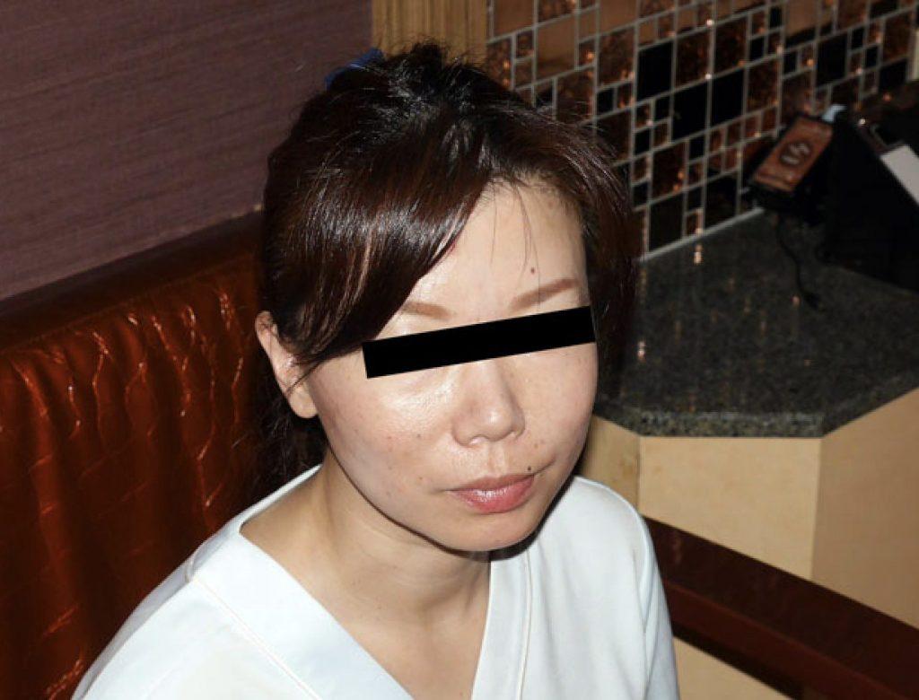 Dカップ淫乱看護師46歳無修正淫乱セックス経験人数は50人超え!