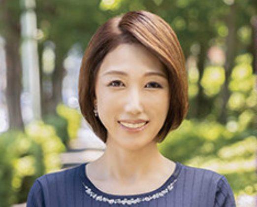 熟女フェチ貧乳熟女山口里花41歳熟女JAPANから約半年ぶりの潮吹きセックスAV動画